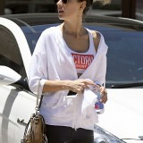 alessandra-ambrosio-out-and-about-in-los