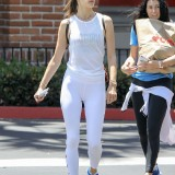alessandra-ambrosio-out-and-about-in-mal